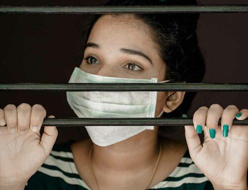 Le restrizioni sono controproducenti nella lotta al coronavirus, ora uno studio lo prova!